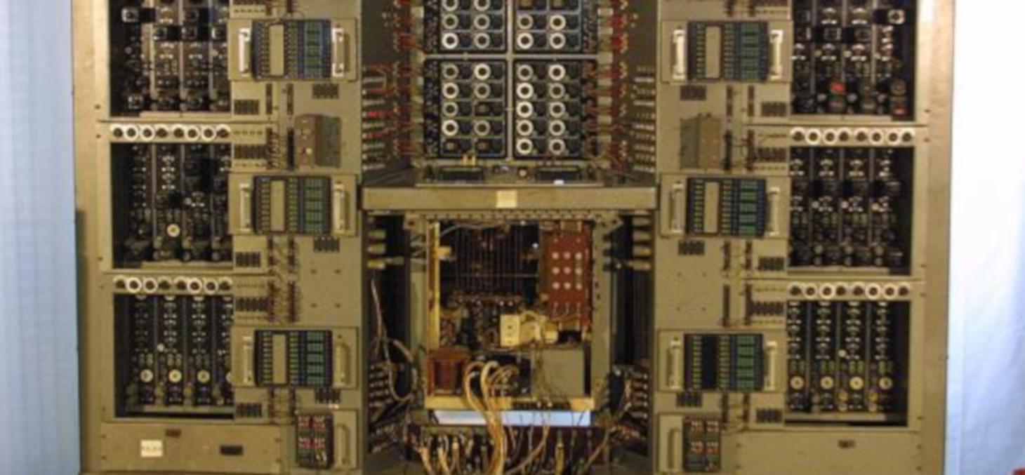 Calculateur analogique OME P2 © ACONIT