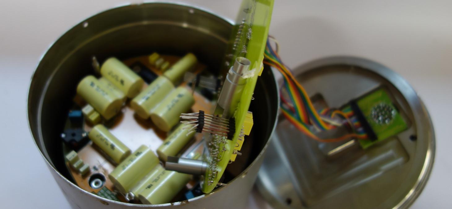 Sismomètre (vélocimètre) à trois composantes Güralp Systems - ISTERRE © UGA